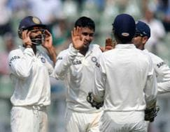 Sachin's farewell Test: India dominate West Indies on Day 1