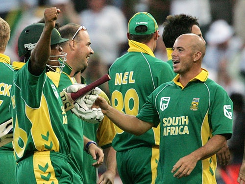 If not century, it has to be the match of the decade. It seemed as if extra-terrestrials were playing cricket for what happened at the Wanderers in March 2006, left the world awestruck, breathless and asking for more.<br><br>For the first time ever in the history of ODIs, a score of 400-plus was made. Ricky Ponting made 164, Mike Hussey 81, Simon Katich 79 and Adam Gilchrist 55 in Australia's 434 runs.<br><br>And while fans across thought it was a total that only the mighty Aussies could score, the Proteas had other ideas. Skipper Graeme Smith laid the foundation with a knock of 90 and from Herschelle Gibbs took it over. He slammed 175 runs. But it still was a tall task. Mark Boucher and Andrew Hall took it to the death. Hall got out off the third delivery of the last over. Next delivery was played by ninth batsman Makhaya Ntini who stole a single to level the scores. Boucher hit a boundary off the fifth ball to take his side to a thrilling 1-wicket win with a ball to spare.