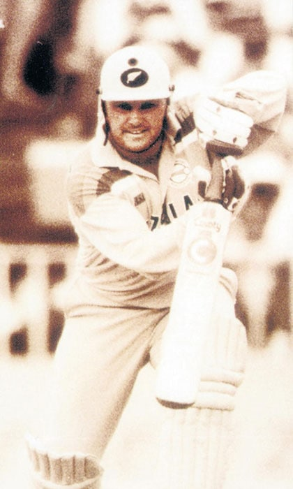 "<b>Martin Crowe:</b> Undoubtedly the best batsman New Zealand have ever produced, Crowe made the best of his batting gifts, and gave the Kiwis plenty to cheer about for a decade.<br><br>Text Courtesy: <a href=""www.mid-day.com"" class=""fn fl fa fs12""><span class=""fr"">Mid-Day.com</span></a>"