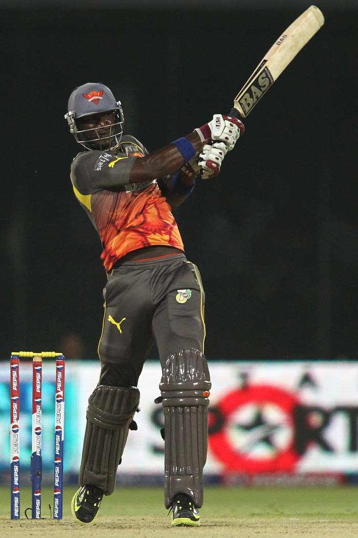 Darren Sammy provided the much-needed impetus to Sunrisers' innings with his 21-ball 29 that was laced with three huge sixes. (BCCI image)