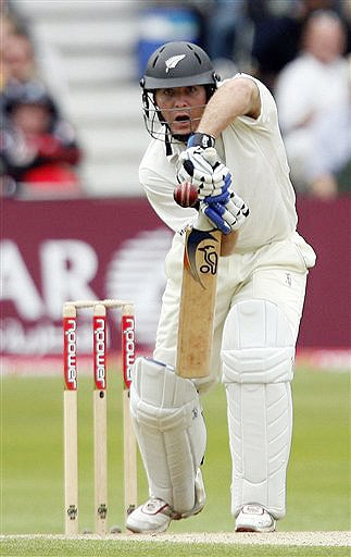 New Zealand's Jamie How plays a stroke while batting during the third Test Match against England at Trent Bridge Stadium in Nottingham, England on June 6, 2008.
