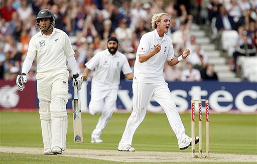 England's Stuart Broad, right, celebrates the wicket of New Zealand's Ross Taylor on day three during their 3rd Test match at Trent Bridge Stadium, Nottingham on June 7, 2008.