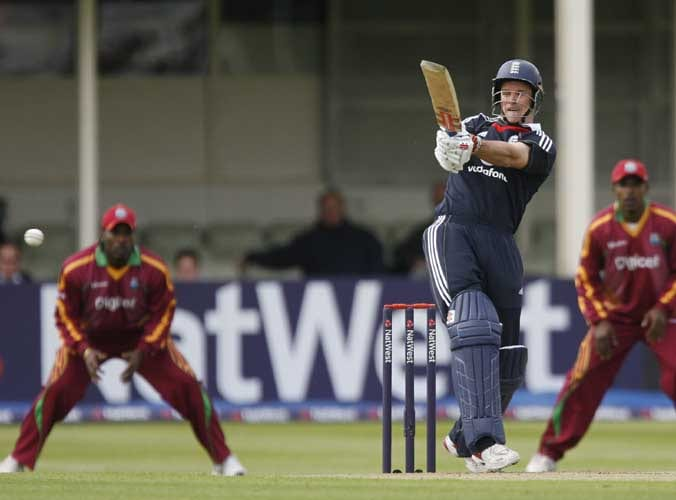 Andrew Strauss plays a shot during the third Nat West One-Day International against the West Indies in Birmingham. (AFP Photo)