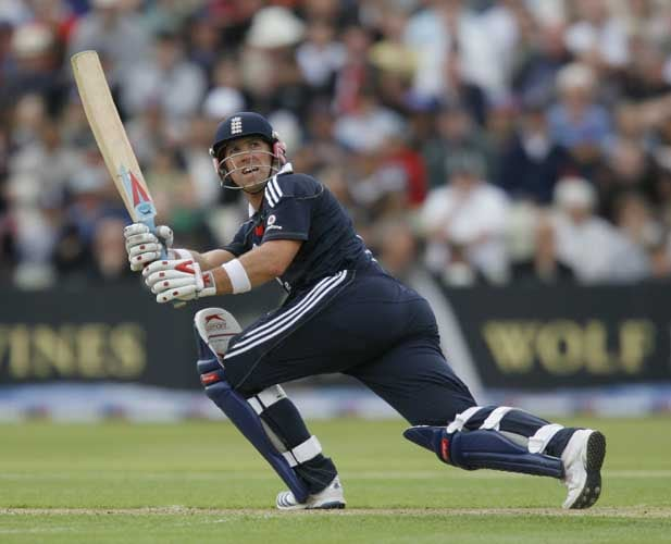 Matthew Prior bats against the West Indies during the third Nat West One-Day International in Birmingham. (AFP Photo)