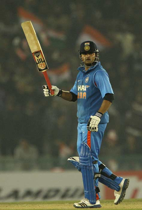 Though Dhoni eventually left the middle on 19 off 21, Raina sealed the match. (BCCI image)