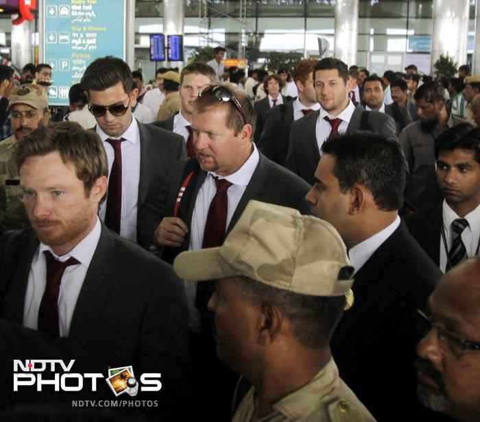 England batsman Ian Bell arrives with his teammates in Hyderabad. (AFP Photo)