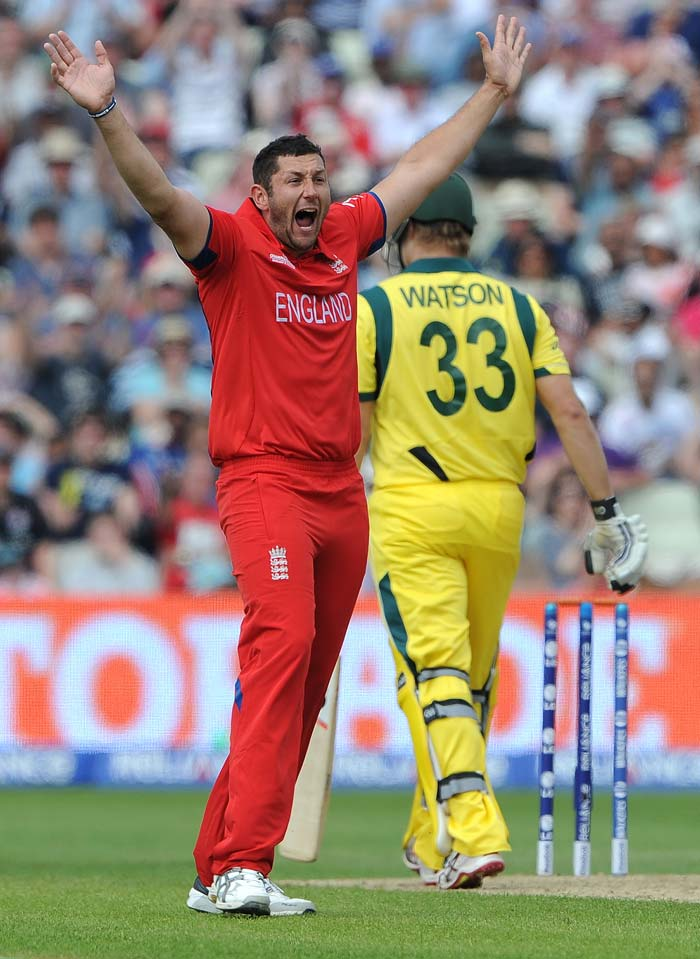 Tim Bresnan got England off to an excellent start in their defense of 270, getting rid of Shane Watson. Bresnan finished with 2/45 as Australia ended at 221/9 - 48 runs short.