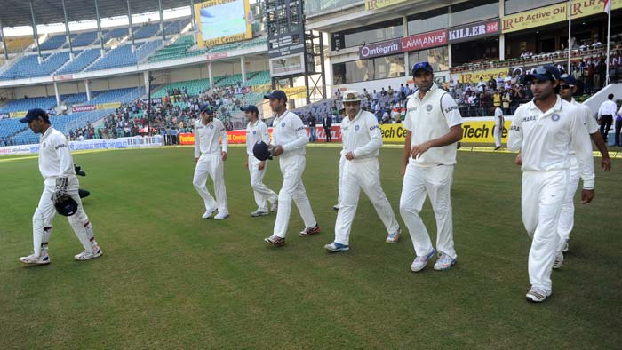 India made a couple of unforeseen changes in their line-up with Ravindra Jadeja making his Test debut and Piyush Chawla returning to the Indian whites after a gap of 4 long years. Dhoni did not play a second seamer as was expected. Meanwhile, England too surprised everyone when they gave Joe Root his debut game and in turn not picking the likes of Eoin Morgan, Jonny Bairstow. The visitors also had a forced change in Steven Finn who was ruled out with a back injury and in came Tim Bresnan. (Photo credit: BCCI)