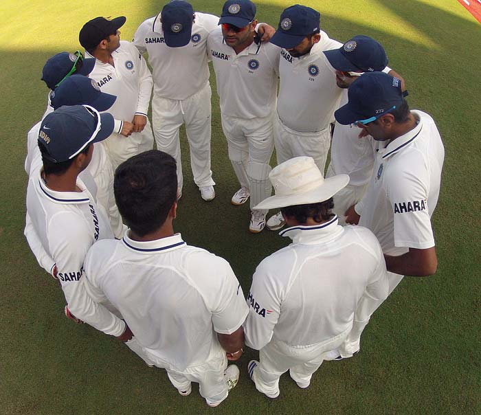 Barring a few spells from Zaheer Khan, Umesh Yadav and Pragyan Ojha, England dominated the day's proceedings with aplomb and managed to grab a slender 10 run lead over the hosts in the first Test match of the series. (Photo credit: BCCI)