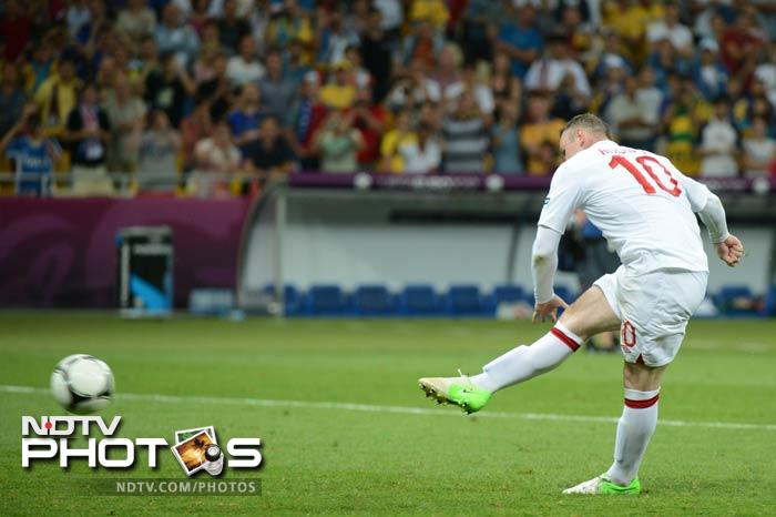 The shootout however soon turned in England's favour as both Steven Gerrard and Wayne Rooney converted.