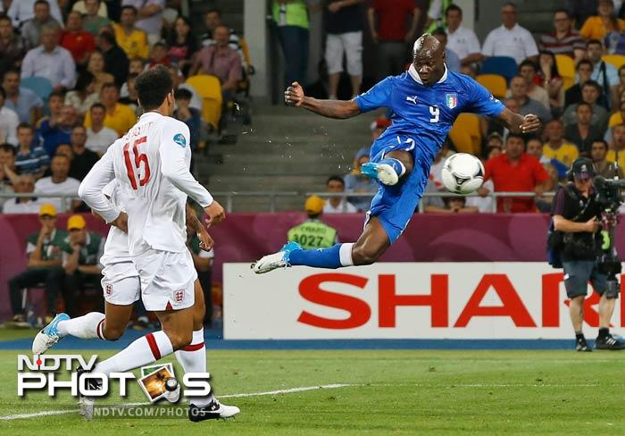Striker Mario Balotelli, who lacked the finishing on many occasions during the match, had no such hesitation from the spot as he took the opening penalty and put Italy ahead.