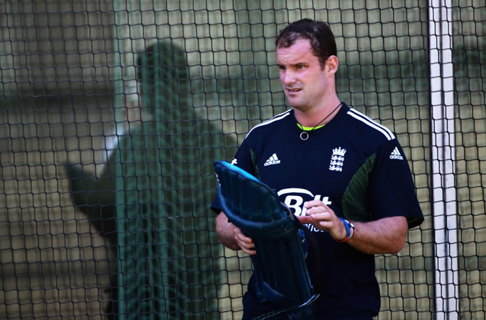 <b>ANDREW STRAUSS (capt)</b><br><br> <b>Age: </b>33.<br><b>Role: </b>Left-handed batsman<br> <b>Stats: </b>ODIs 120, Runs 3,871, Highest 154, Average 34.87, Strike-Rate 80.01, Centuries 5, Fifties 26, Catches 56<br><br> Aims to become the first England captain to lift a World Cup title, the opener has expanded his one-day game in recent times with three of his five ODI hundreds coming since March 2009. Can be over-defensive with field-placings but leadership qualities will be vital to England's hopes. (Photo: Getty Images)