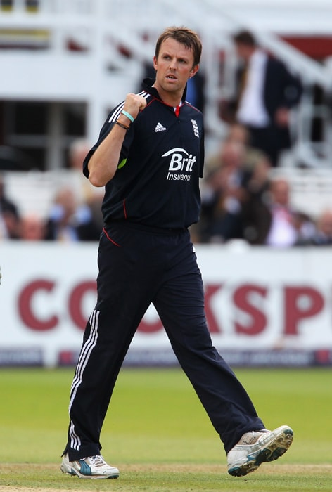 <b>GRAEME SWANN</b><br><br> <b>Age: </b>31.<br><b>Role: </b>Right-handed batsman, Right-arm off-spin<br> <b>Stats: </b>ODIs 44, Runs 299, Highest 34, Average 12.45, Strike-Rate 79.52, Centuries 0, Fifties 0, Catches 19, Wickets 60, Best Bowling 5-28, Average 24.63, Economy Rate 4.51<br><br> Arguably world's leading spinner on current form, much will be expected of him on turning local pitches. Also a dangerous lower-order batsman. Should be fit following minor knee and back injuries.(Photo: Getty Images)