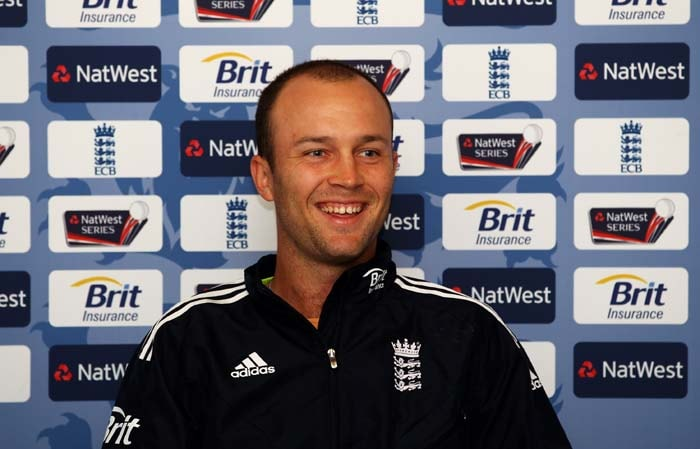 <b>JONATHAN TROTT</b><br><br> <b>Age: </b>29.<br><b>Role: </b>Right-handed batsman, Right-arm medium<br> <b>Stats: </b>ODIS 18, Runs 858, Highest 137, Average 56.62, Strike-Rate 77.57, Centuries 3, Fifties 6, Catches 5, Wickets 2, Best Bowling 2-31, Average 76.00, Economy Rate 5.33<br><br> England's form one-day batsman following his superb career best 137 against Australia in Sydney, he has become the top order 'rock' in both Tests and one-dayers after being criticised for slow run-rate. Sharp outfielder.(Photo: Getty Images)