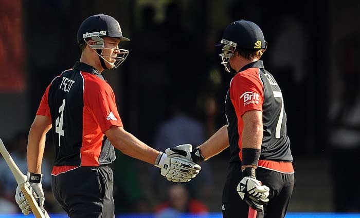 Jonathan Trott and Ian Bell batted extremely well and took the score close to 300 as both scored brisk fifties. (AFP Photo)