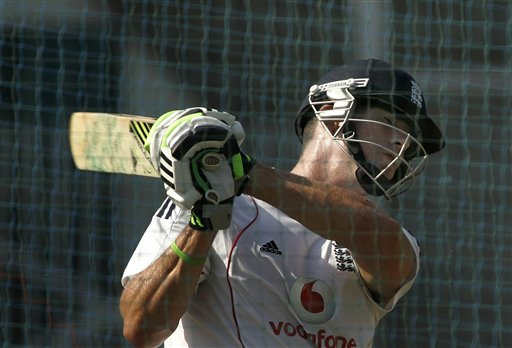 Kevin Pietersen plays a shot during a practice session in Mumbai on Friday, November 7, 2008. The England team is in India to play seven one-day international and two Test cricket matches against host India beginning Nov 14. (AP Photo)