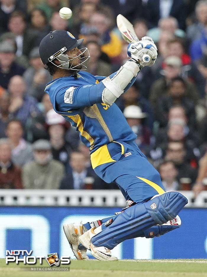Kumar Sangakkara led the way for the Lankans with an unbeaten 134 to guide Sri Lanka home with 17 balls left. (AP & AFP Images)