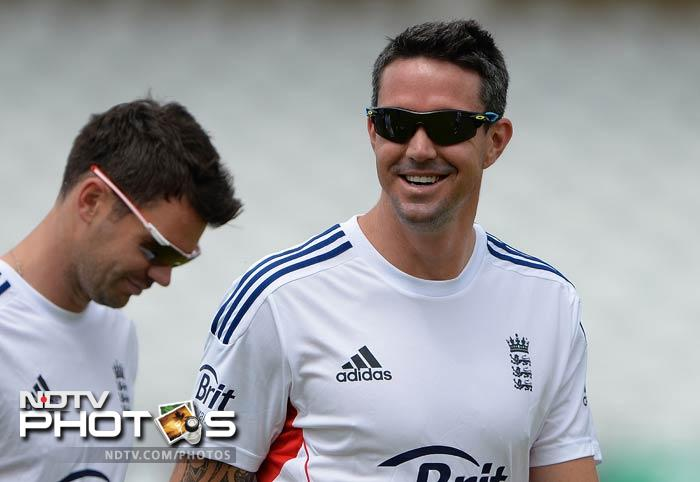 Kevin Pietersen and James Anderson share a light moment in the midst of all the training, a clear indication that neither of them are overawed by the upcoming Test series.