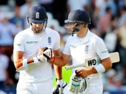Photo : 1st Test , Day 4: Joe Root, James Anderson Put on Record Partnership as England Dominate