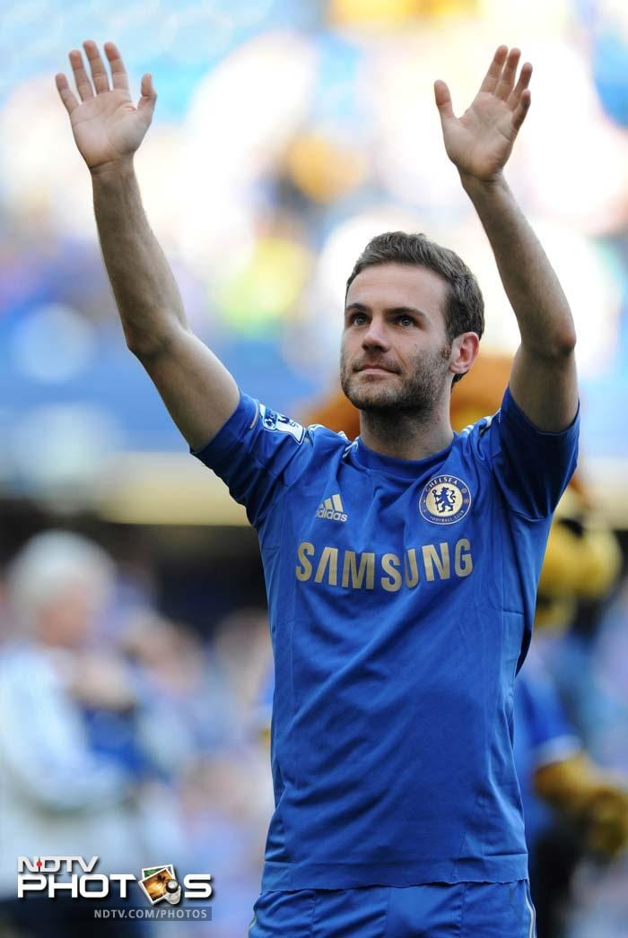 Juan Mata scored one and Fernando Torres scored the other as Chelsea beat Everton 2-1 to guarantee third spot and Champions League football.
