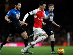EPL: Arsenal Go On Top of the Table, Manchester United Held by Chelsea