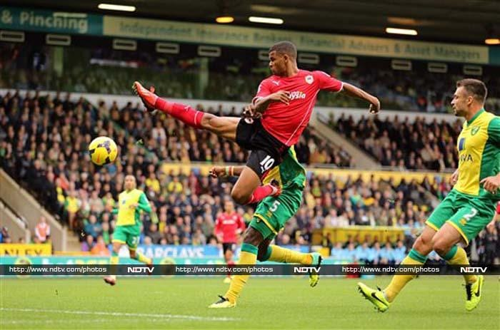 Cardiff goalkeeper David Marshall held his former club Norwich to a 0-0 draw Saturday in the Premier League that piled further pressure on Canaries boss Chris Hughton.