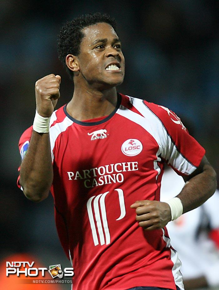 Patrick Kluivert formed part of the Netherlands' strike force and his 6 goals is ample proof of his contribution in Europe's most important football stage.