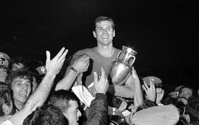 With no penalty shootouts, the finals became quite dramatic in 1968. The hosts struck late to draw the first final. A beleaguered Yugoslavia could not match the hosts Italy in the second final. An easy victory for the Azzurris.