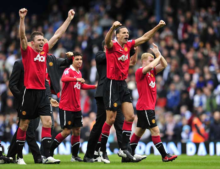 <b>Manchester United</b> <br><br> The Red Devils wiped out all fears of being a depleted outfit after the departure of stars like Carlos Tevez and Cristiano Ronaldo in the 2010-11 season. With a blend of senior players such as Paul Scholes and Ryan Giggs with the youth players such as Xavier Hernandez and Rafael de Silva, Alex Ferguson has pulled out another good season. Manchester United will however, rue missing the FA Cup and the Champions League despite reaching their semi final and final respectively.