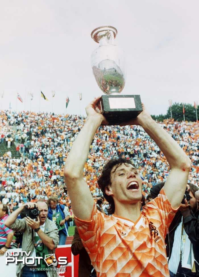 <b>Marco van Basten (Netherlands)(1988):</b> The former Dutch striker scored a total of five goals, including a hat trick against England, the winner in the semi-final against West Germany, and a fantastic volley in the final against the Soviet Union. He was the tournament's top scorer. In the final against USSR, van Basten set up Ruud Gullit for the opener and then hit a tremendous volley from a difficult angle to set up a 2-0 win for the Dutch to give them their first major title. He was also the European footballer of the year in 1988.