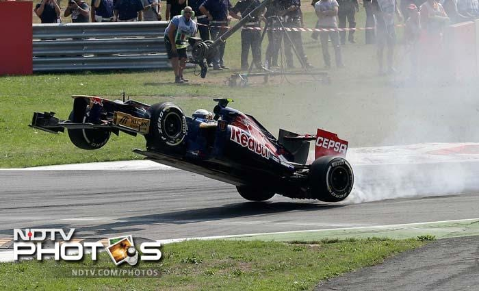 Toro Rosso's French driver Jean-Eric Vergne crashed out early in Monza, but thankfully, he didn't take anyone along with him.