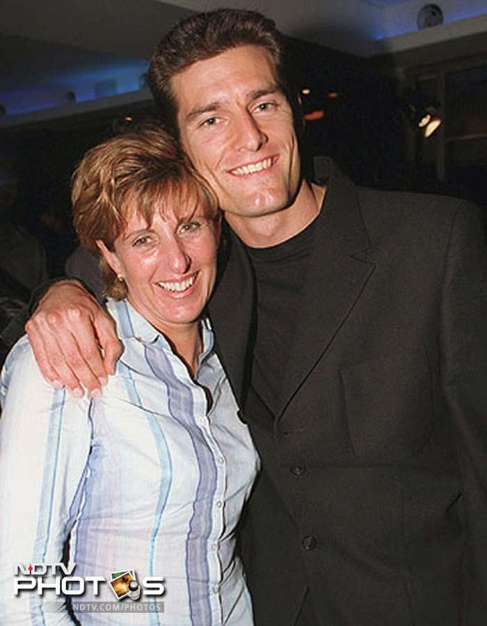 <b>Anne Neal:</b> Mark Webber lives in Aston Clinton, Buckinghamshire, England with his longtime girlfriend Ann Neal, and her grown-up son Luke, from a previous relationship. They met in 1995 at the former Amaroo Park raceway in Sydney's western suburbs. Neal is 13 years Webber's senior and was beginning a career in management when they met and the Australian hired her to kick-start his career that is now very successful. And so is this partnership.