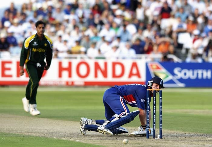 <b>Shoaib Akhtar:</b> The maverick Pakistan bowler hurled the fastest-ever delivery against England during the 2003 ICC World Cup at the Newlands when he clocked 161.3 kmph. (Getty Images)