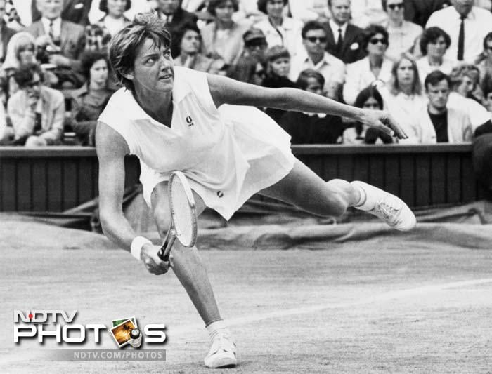 At No. 8 is Australian great Margaret Court who won a record 24 Grand Slam singles titles during her career. She also won 19 women's doubles and 19 mixed doubles titles, giving her a record 62 major titles overall. In 1970, she became the first woman during the Open Era and the second in history to win all four Grand Slam singles titles in the same calendar year.