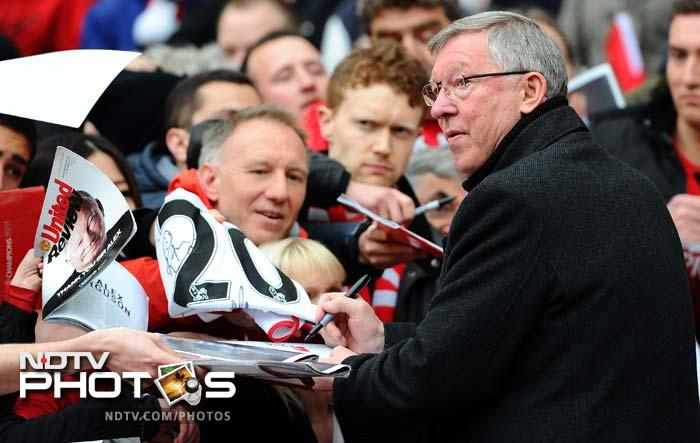 It was an emotional day for Ferguson but yet he took time out to sign autographs for his adoring fans prior to the match.
