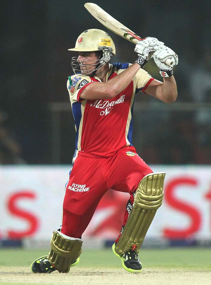 Moises Henriques played a good hand of 26 before he was out. (BCCI Image)
