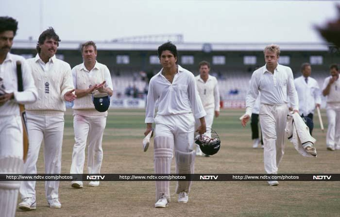<b>119 not out vs England in 1990, 2nd Test Old Trafford, match drawn </b><br><br>His first Test hundred against England in 1990 saved the match for India. It was a message to the world that a new star had arrived on the international scene.