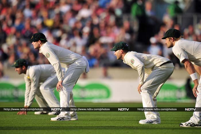 Australia then attacked England to their level best but were unable to get a breakthrough.