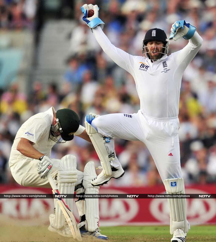 An embarrassing post-tea session where Cook set excessively defensive fields even when the tailenders, rather than Smith, were on strike, saw England concede 95 runs in 11.5 overs. <br> James Faulkner holed out to give fellow debutant Woakes a maiden Test wicket before Graeme Swann, who didn't bowl until three hours into the day's play despite being arguably the world's leading off-spinner, struck with his second ball Friday to dismiss Mitchell Starc. <br><br> Ryan Harris hit 33 at better than a run-a-ball before he was caught and bowled by Anderson, who had to run some 20 yards to the vacant mid-off area.