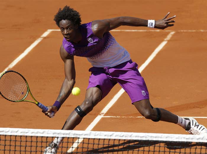 All was not lost for the French on Wednesday as Gael Monfils defeated Guillaume Rufin (incidentally, his countryman) 6-3, 1-6, 6-1, 6-3.
