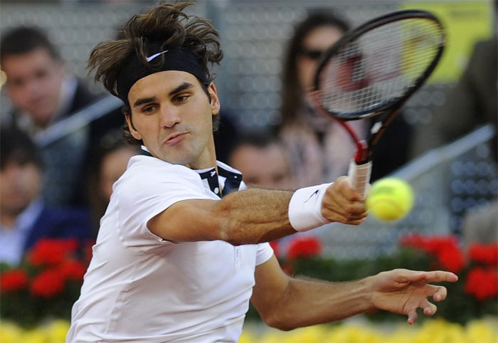 <b>ROGER FEDERER</b> (SWITZERLAND)<br/><br/><b>World ranking</b>: 1<br/<b>Birthdate</b>: Aug 8, 1981<br/><b>Birthplace</b>: Basel, Switzerland<br/> <b>Residence</b>: Bottmingen, Switzerland<br/><b>Height</b>: 6'1'' (185 cm)<br/><b>Weight</b>: 187 lbs (85 kg)<br/><b>Plays</b>: Right-handed<br/><b>Turned Pro</b>: 1998<br/><b>Career singles titles</b>: 62<br/><b>Grand Slam singles titles</b>: 16<br/><b>Career prize money</b>: 55,814,257 dollars<br/><b>Best French Open result</b>: Champion (2009)<br/> Federer clinched the first French Open in 2009 with victory over Robin Soderling, the man who removed four-time winner Rafael Nadal in the fourth round. Despite marriage and fatherhood, Federer is determined to play beyond the 2012 Olympics. Claycourt form has been patchy in 2010, losing in Madrid final to Nadal. But Federer always finds extra gear at the Slams.