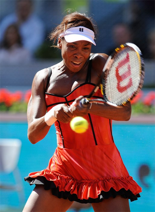 """<b>VENUS WILLIAMS</b> (UNITED STATES OF AMERICA)<br/><br/> <b>World ranking</b>: 2<br/> <b>Birthdate</b>: June 17, 1980<br/> <b>Birthplace</b>: Lynwood, California, USA<br/> <b>Residence</b>: Palm Beach Gardens, Florida, USA<br/> <b>Height</b>: 6'1"""" (185 cm)<br/> <b>Weight</b>: 160 lbs (72.5 kg)<br/> <b>Plays</b>: Right-handed (two-handed backhand)<br/> <b>Turned pro</b>: 1994<br/> <b>Career singles titles</b>: 43<br/> <b>Grand Slam singles titles</b>: 7<br/> <b>Career prize money</b>: 26,761,235<br/> <b>Best French Open result</b>: Runner-up (2002)<br/> - With her 30th birthday fast approaching Venus has clawed her way back up to world number two behind sister Serena for the first time since May 2003. Wins in Dubai and Acapulco were followed by a run into the final in Miami where she lost to Clijsters. Clay is her least favourite surface, but she showed form by reaching the final in Madrid last week before losing to France's Aravane Rezai."""
