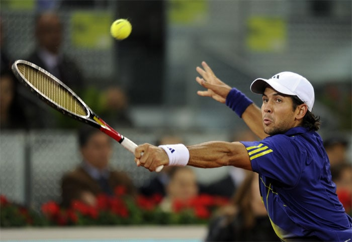"""<b>FERNANDO VERDASCO</b> (SPAIN)<br/><br/> <b>World ranking</b> : 9<br/> <b>Birthdate</b> : Nov 15, 1983)<br/> <b>Birthplace</b> : Madrid<br/> <b>Residence</b> : Madrid<br/> <b>Height</b> : 6'2"""" (188 cm)<br/> <b>Weight</b> : 179 lbs (81 kg)<br/> <b>Plays</b> : Left-handed<br/> <b>Turned Pro</b> : 2001<br/> <b>Career singles titles</b> : 5<br/> <b>Grand Slam singles titles</b> : 0<br/> <b>Career prize money</b> : 6,486,414 dollars<br/> <b>Best French Open result</b> : 4th rd (2008, 2009)<br/> - Spanish number two usually tracked by a bevy of screaming teenage girls. Enjoying good claycourt season with runners-up spot to Nadal in Monte Carlo, victory in Barcelona and semi-final run in Rome. However, his record at Roland Garros is mediocre with successive runs to the last 16 in 2008 and 2009 his best efforts."""