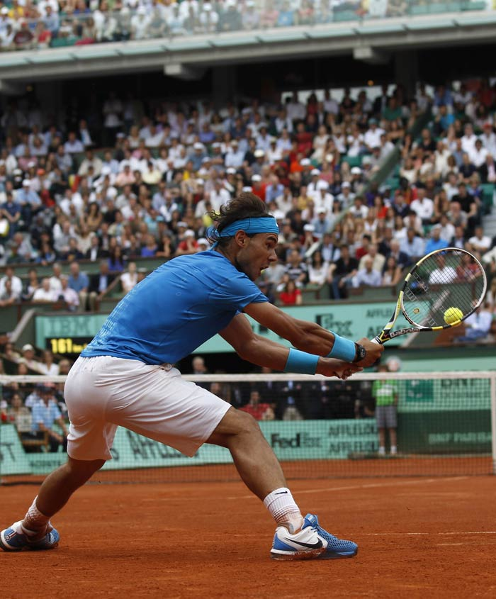 Not the one to be easily outdone, Nadal came back with vengeance and took the first set 7-5 and followed it up with the second set 7-6 (7-3).