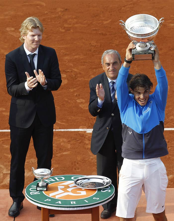 Nadal on the other hand, retained his Number 1 position in the ATP rankings and maintained his supreme form on the clay courts of Paris.
