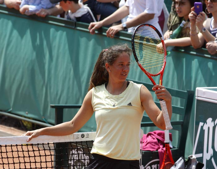 Switzerland's Patty Schnyder trains at the Roland Garros stadium in Paris on the eve of the French open tennis tournament. (AP Photo)