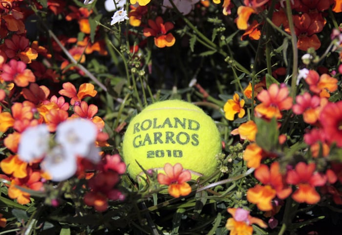 A tennis ball for 2010 French Open is pictured at Roland Garros tennis stadium in Paris for the second Grand Slam tournament of the season. (AFP Photo)