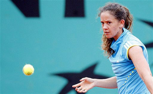 Switzerland's Patty Schnyder watches the ball during a quarterfinal match against Serbia's Ana Ivanovic at the French Open in Paris on June 3, 2008.