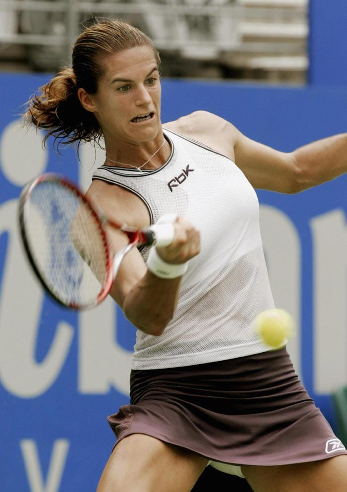 <b>Amélie Mauresmo</b><br><br>In the Open era, Mary Pierce has been the only French player to have won the Roland Garros title. Former World No.1 Amelie Mauresmo could not change the statistic as she failed to advance past the quarter final stage.