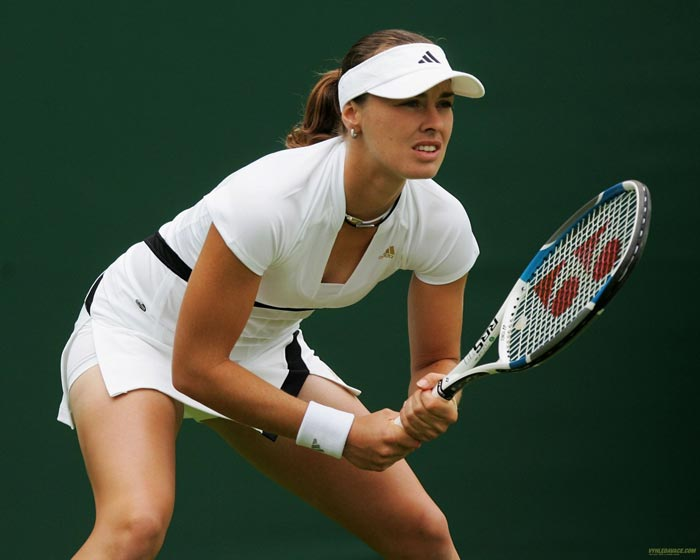 <b>Martina Hingis</b><br><br>Martina Hingis was the youngest top-ranked player in World Tennis but even in a spell of sheer dominance, the Swiss could not conquer the French Open. She won 5 Grand Slam titles, which included all other Grand Slam tournaments.